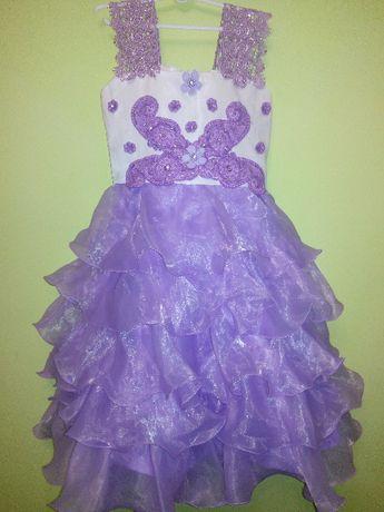 Продам нарядное платье на выпускной, торжество