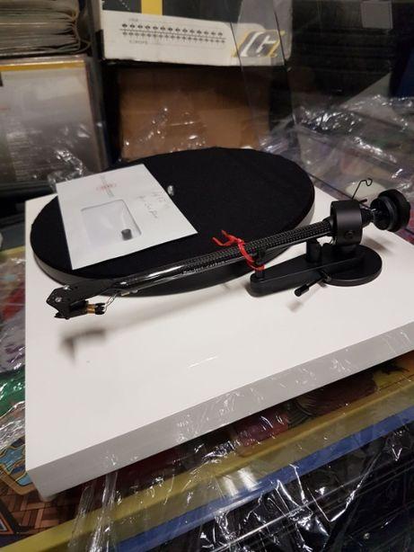 Gira discos Project Carbon +OM10 revisionado e afinado (Absolut Sound)