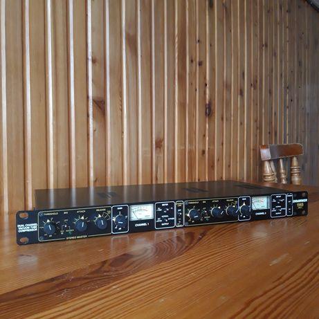 Podwójny FET kompresor lampowy Drawmer 1968 MKII
