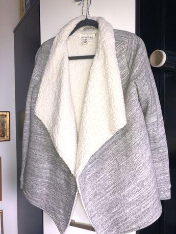 bolerko narzutka sweter h&m miś szary biały nowy