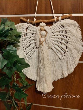 Aniol stróż makrama