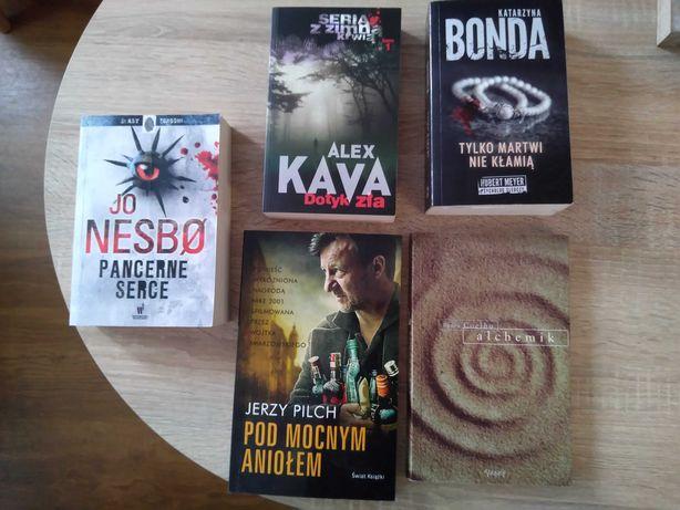 Książki Nesbo, Bonda, Kava itd