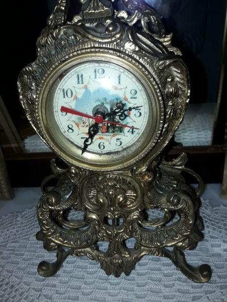 Relógio antigo a funcionar muito bem