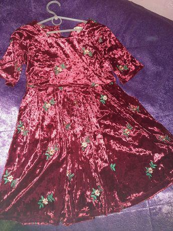 Одяг для дівчинки 134-140 стан ідеальний