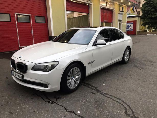 Продам  BMW i750
