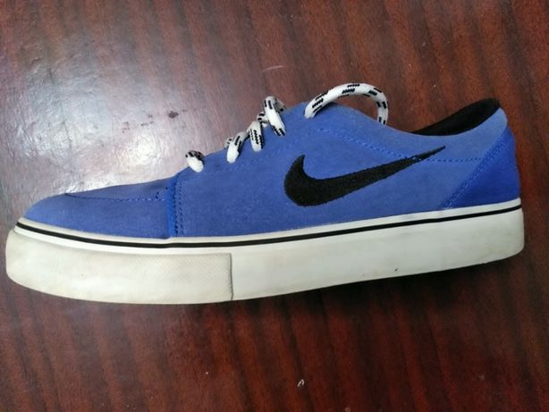 Кроссовки Nike оригинал .geox ecco
