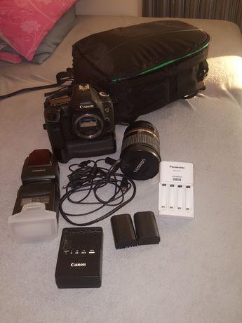 Canon eos 5d Mark 3 plus obiektyw Tamron karty sd ładowarki lampa