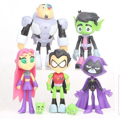 7 Pcs / Teen Titans Topo de Bolo (Portes Incluídos)