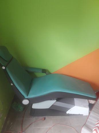 Fotel dentystyczny lub dla kosmetyczki,do tatuowania,okazja.