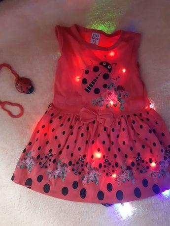 Плаття,сукня на дівчинку