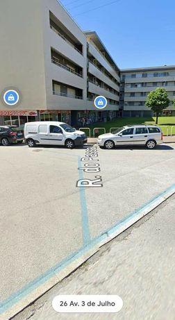 Garagem fechada em Ribeirão para alugar ou vender