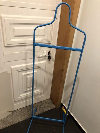 Cabide ikea  para quarto