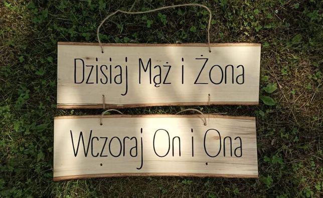 Napis na tablicę rejestracyjne ręcznie robiony drewno rustykalny styl