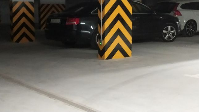 Wynajmę miejsce parkingowe w garażu podziemnym, ul. Tuwima 1D