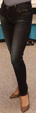 Jeansy Lee z przetarciami rozmiar XS