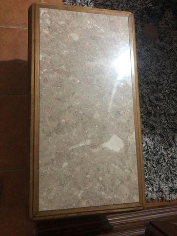 Mesa de centro em marmore