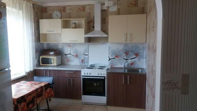 Шикарная 3х ком. квартира на Сахарова с ремонтом в высотном доме.