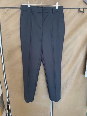 Черные брюки ZARA. Размер М