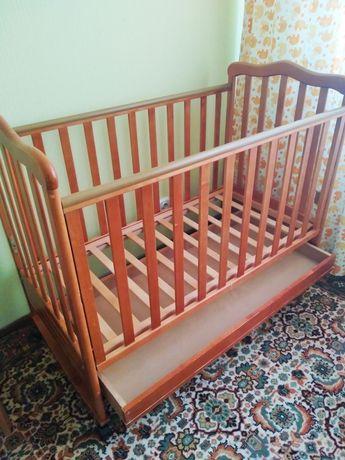 Детская кроватка-кровать