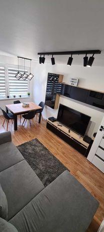Mieszkanie 48 m2-3 pokoje. Po generalnym remoncie z wyposażeniem