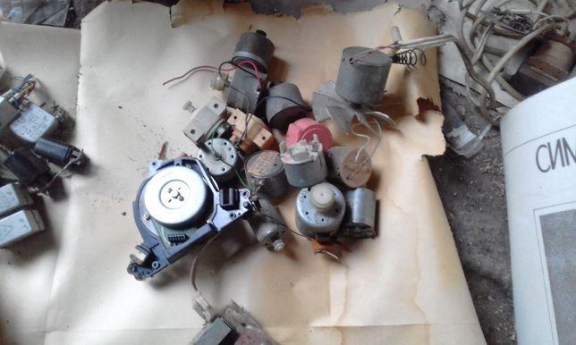 мини-электродвигатель