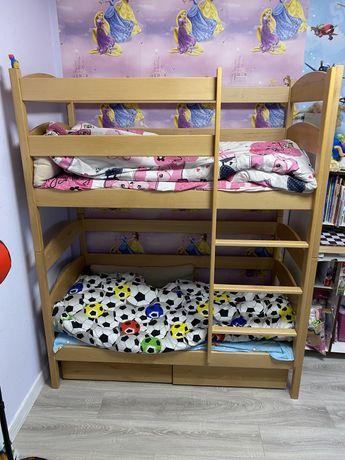 Двухярусная деревянная  кровать Лакки.