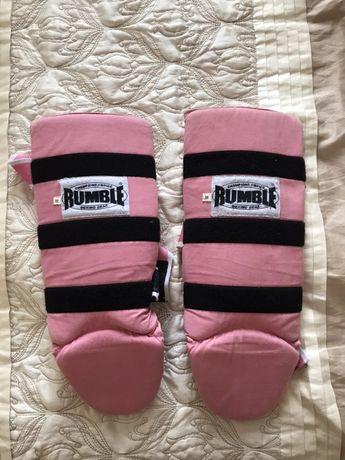 Накладки,  защита на ноги  розовые для единоборств