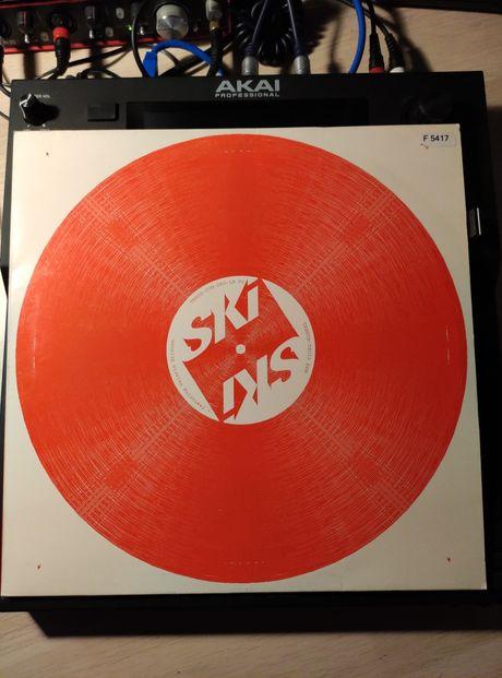 Ski feat. Valerie Etienne - Tress-Cun-Deo-La (Columbia)