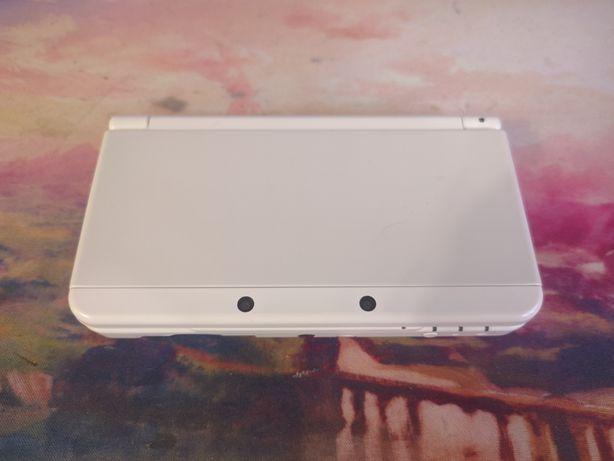 Nintendo New 3DS, не XL! Прошитая, европейка, игры бесплатно