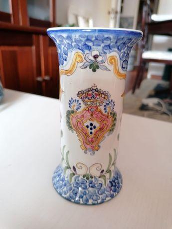 Jarra pintada à mão marca carvalhinho