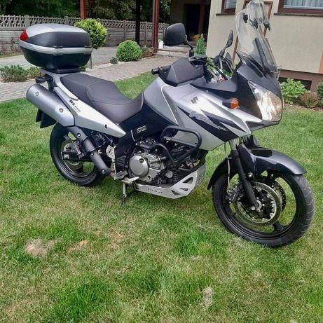 Motocykl Suzuki V-Strom DL650