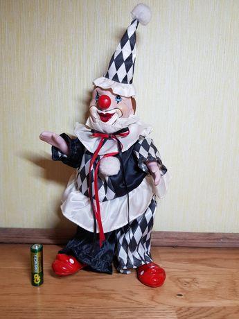 Керамический клоун с музыкальным заводом Victoria