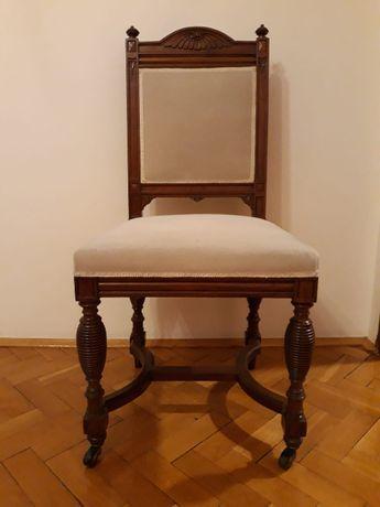Krzesła antyk (2)