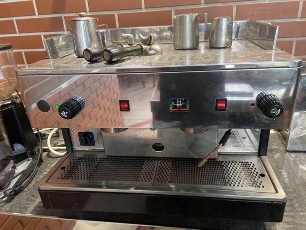 продам кофемашину итальянскую Махima