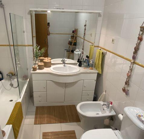 Movel + lavatorio 1,20m e espelho c focos de casa de banho