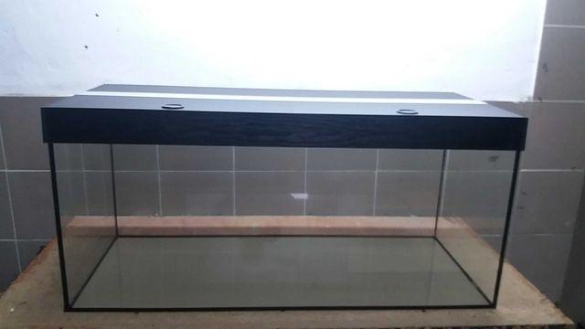 Akwarium proste 120x50x50 300 litrów z pokrywą led aluminiową