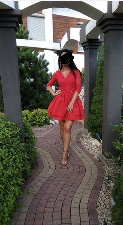 Sukienka rozkloszowana czerwona