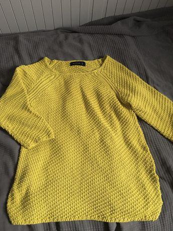sweter kanarkowy reserved S