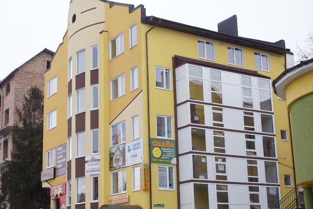 Продам квартиру у центрі міста Городенка