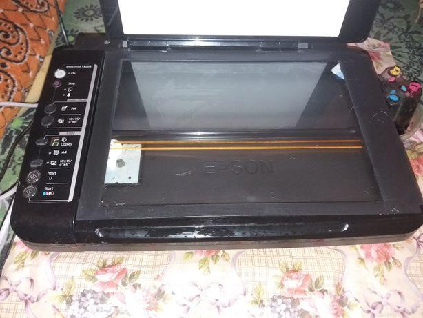 Продам МФУ Epson TX209