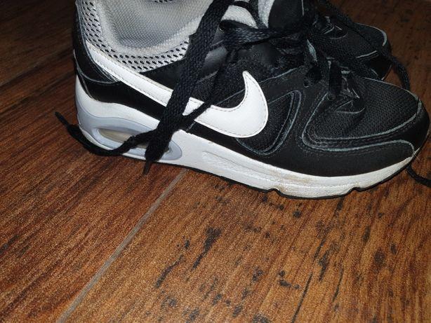Nike Air Max r. 31.5