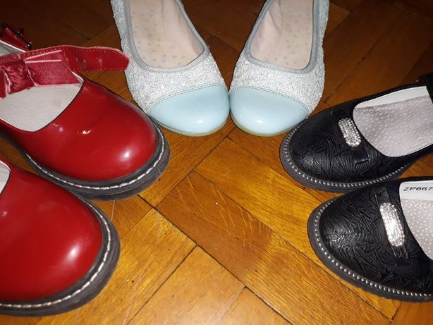 Обувь на девочку 32-34 размер по 50 грн пара, туфли, кеды, деми угги