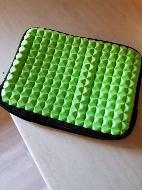Pokrowiec na tablet 10 cali