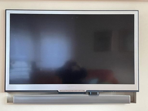 Telewizor SHARP lc52-xs1e biały kruk