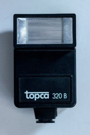Lampa błyskowa do aparatu Topca 320 B