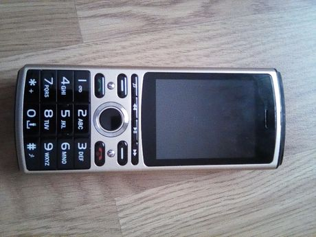 telefon SERVO powerbank