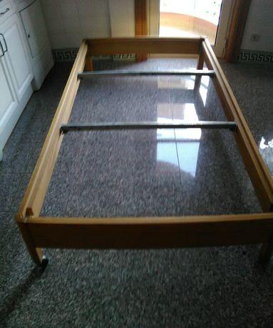 Estrutura de cama 1,95 x 97