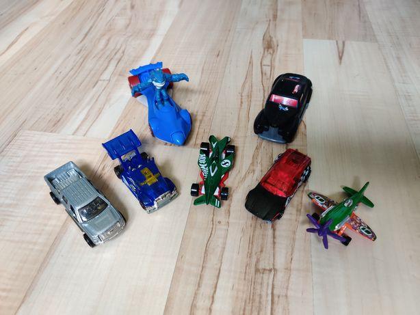 5 Resoraki Hotwheels Auta + 2 Samochodziki gratis