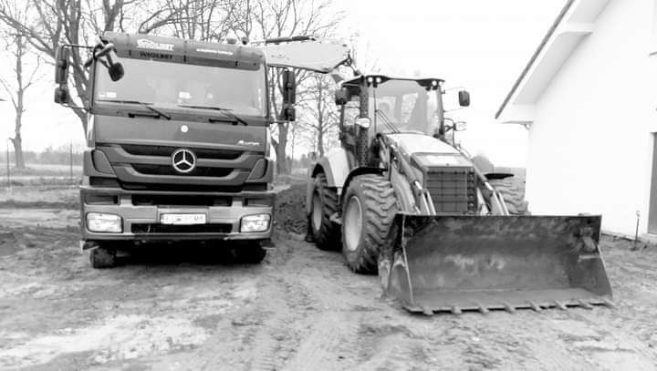 usługi koparko-ładowarką i wywrotką Dzierżów - image 1