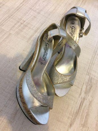 Sandałki New Look 39 platformy srebrne brokatowe słupek Sylwester